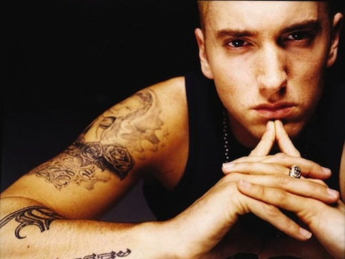 Eminem Shirtless http://thebestmusicnow.wordpress.com/2010/08/06/eminem-leads-billboard-hot-100-singles-chart-for-the-third-week/